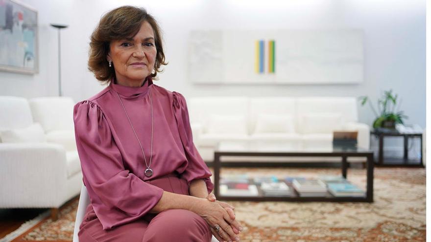 """Carmen Calvo: """"La obligatoriedad de las vacunas no es legalmente posible"""""""