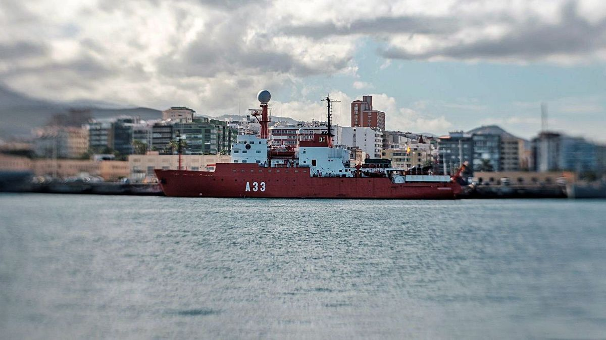 The oceanographic ship & # 039; Hespérides & # 039;, quarantined in the Port of La Luz last January