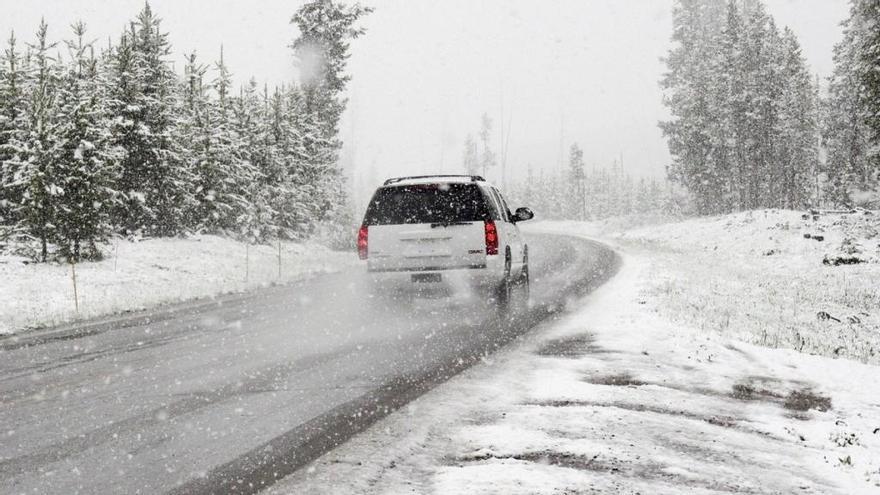 10 trucos y consejos para conducir con nieve