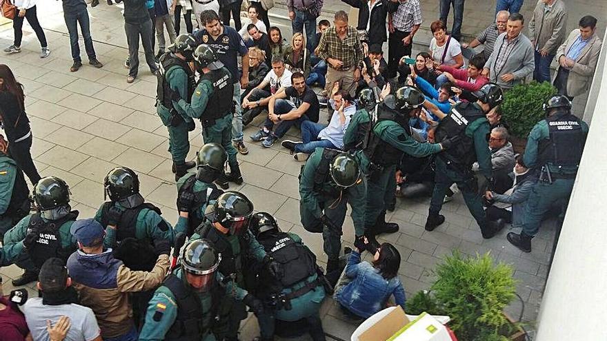 L'Audiència deixa a un pas del judici els acusats de detenció il·legal a Fonollosa