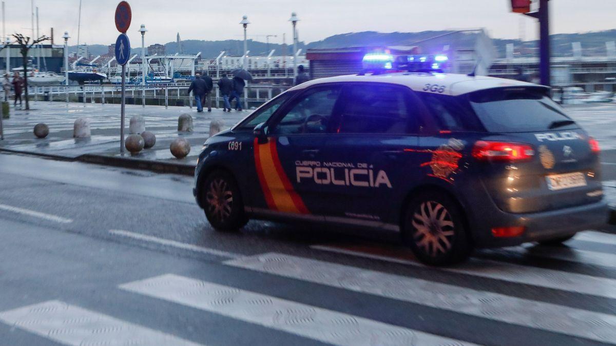 Detenida una pareja autora de varios robos en Pumarín