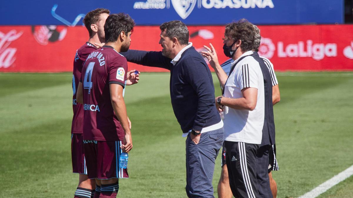El técnico sabadellense durante el partido de hoy. // Eduardo Sanz Nieto (LOF)