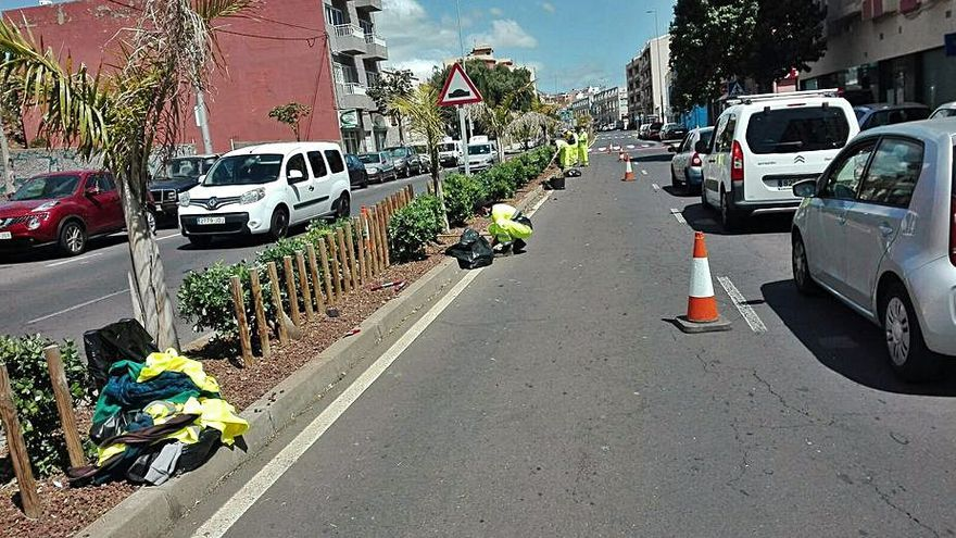 Mejora de la imagen de la carretera del Sur en Tíncer y Barranco Grande
