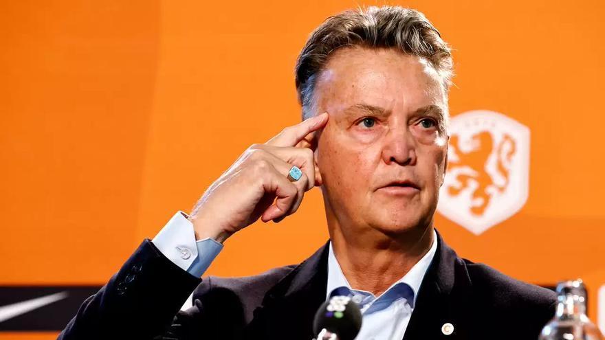 Van Gaal abre la puerta a Danjuma, el nuevo crack del Villarreal, a la selección de Holanda