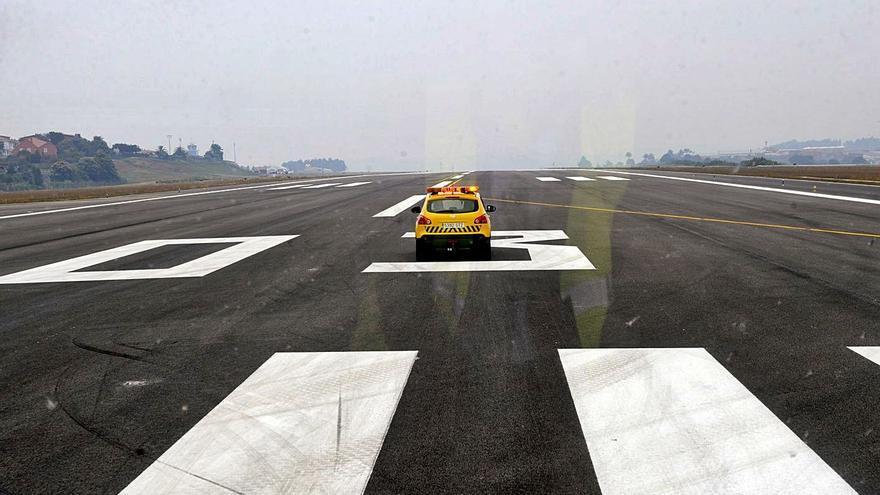La renovación de la pista de Alvedro reducirá el ruido y la contaminación de los aviones un 15%