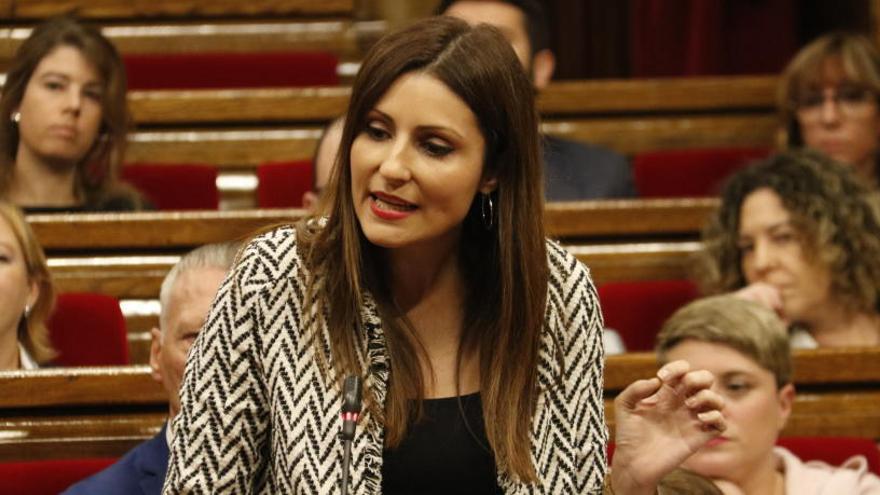 Roldán retreu a Sánchez el «desplegament mediàtic» per l'exhumació de Franco