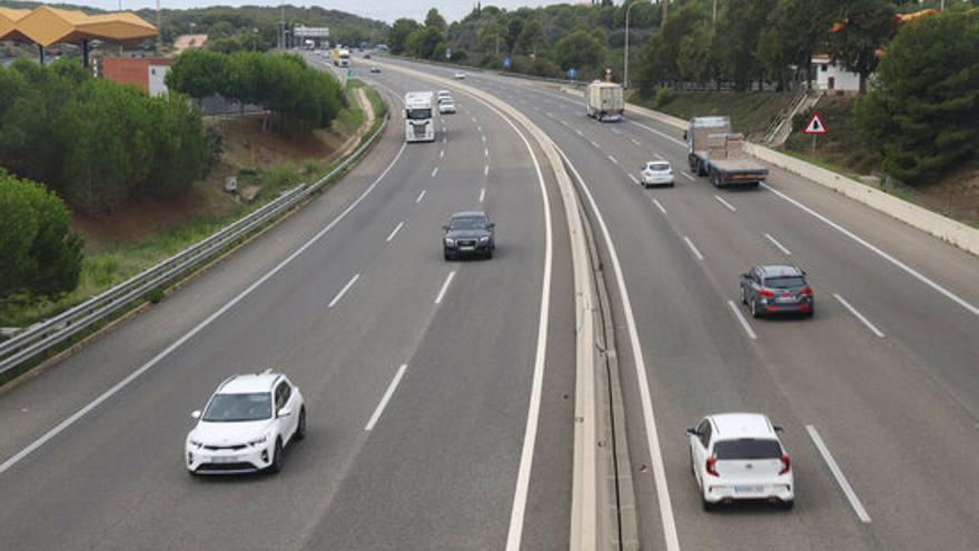 Trànsit obrirà un carril addicional a l'AP-7 sud de Vilafranca del Penedès a Martorell els diumenges de setembre