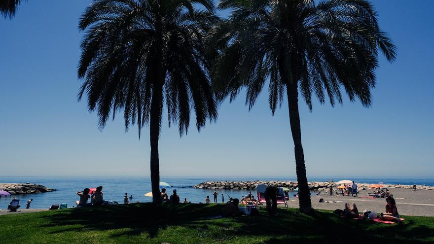 Málaga disfruta de su primer fin de semana completo sin toque de queda