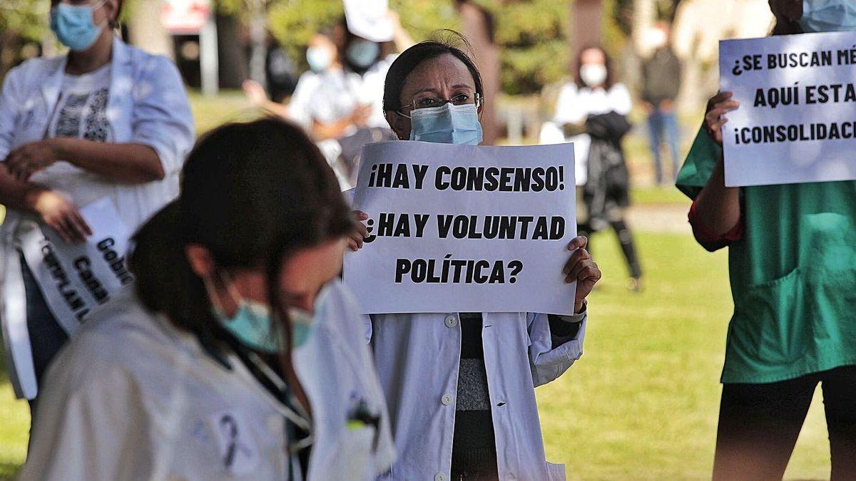 """Médicos temporales de Canarias lanzan un """"ultimátum"""" a Sanidad"""