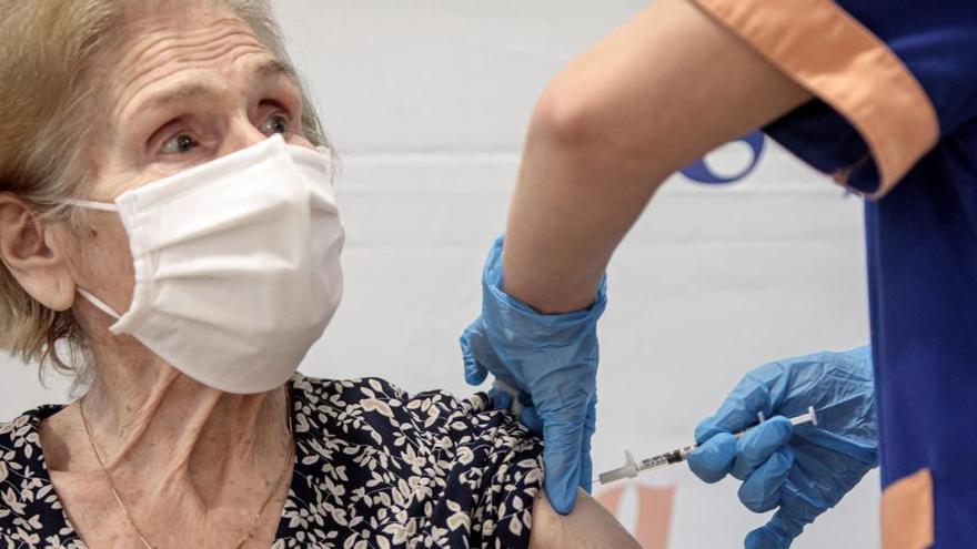 El 79% de las residencias de España ya han recibido la doble dosis de la vacuna