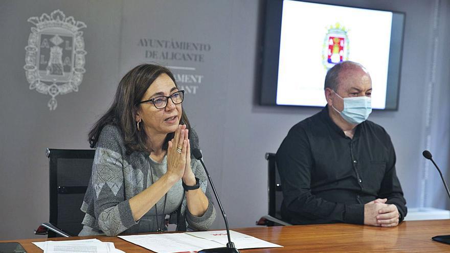 En siete horas: los hosteleros dejan solo al PSOE y se reúnen con Barcala