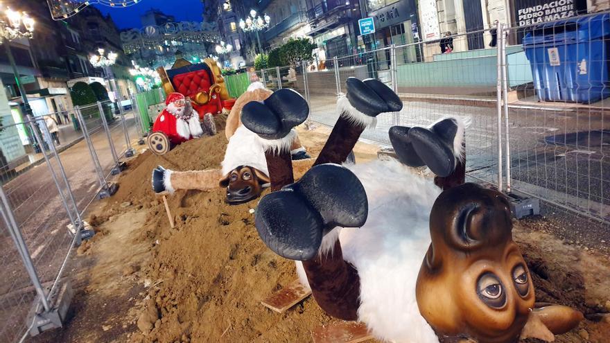 La decoración de la Navidad 2020 'invade' el centro de Vigo