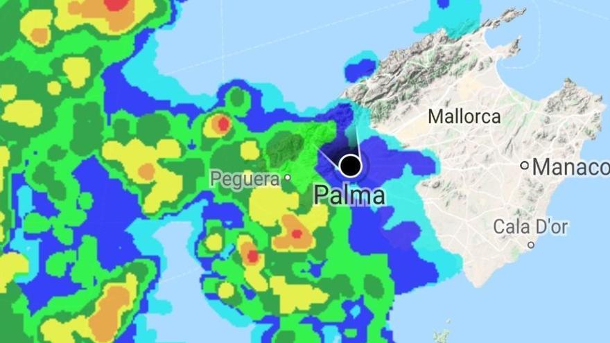 La DANA obliga a desviar cinco vuelos con destino Baleares