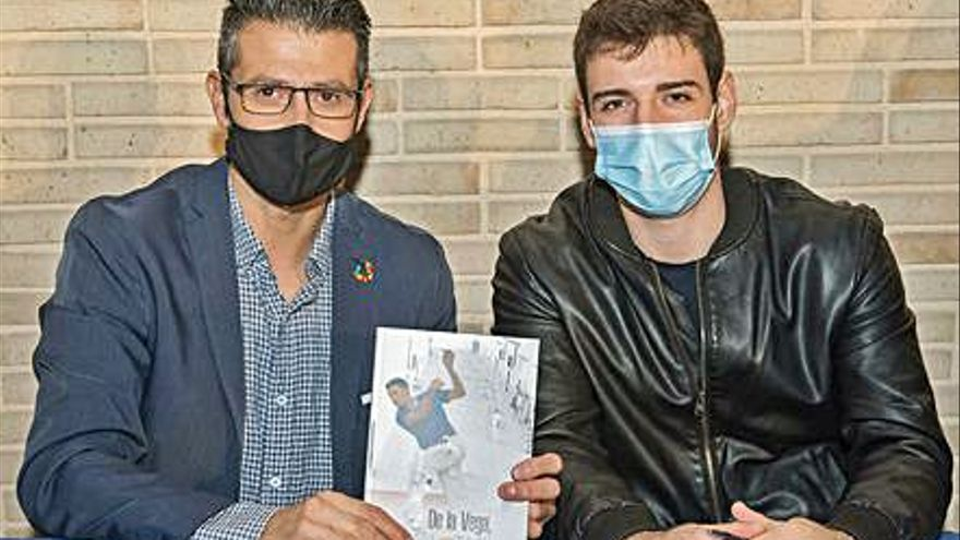 Los éxitos del joven pilotari   de Almussafes  Lluís de la Vega ya se pueden leer
