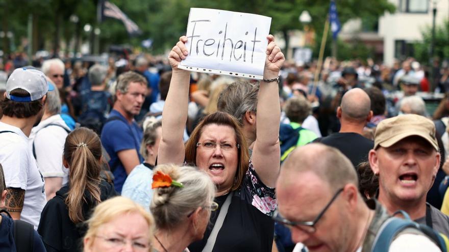 Crece el temor ante la radicalización del movimiento anticoronavirus alemán