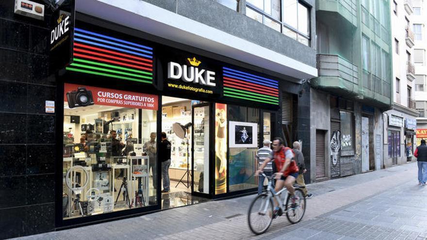 Piratas informáticos hackean la red de Duke Fotografía y piden 4.000 dólares