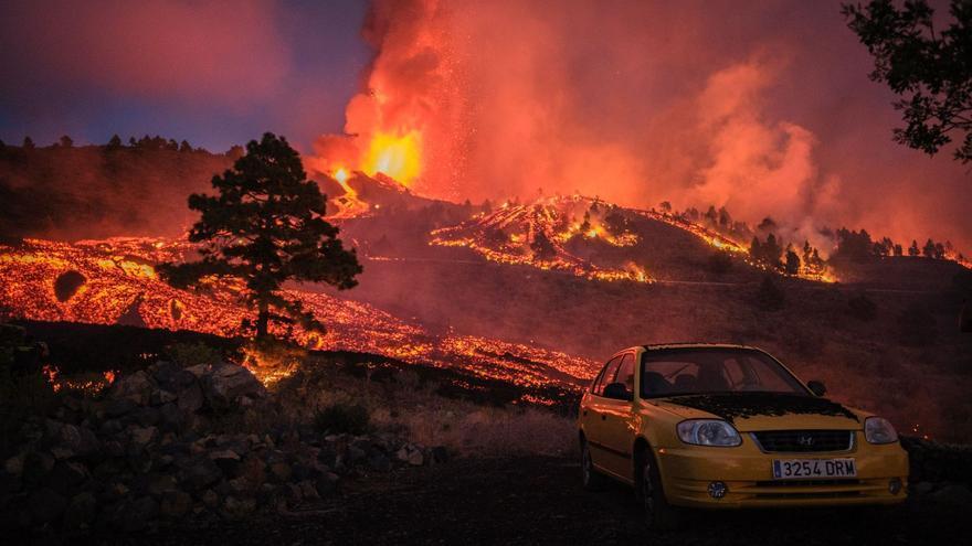 El volcà de La Palma ha llançat ja a l'atmosfera entre 6.000 i 9.000 tones de diòxid de sofre