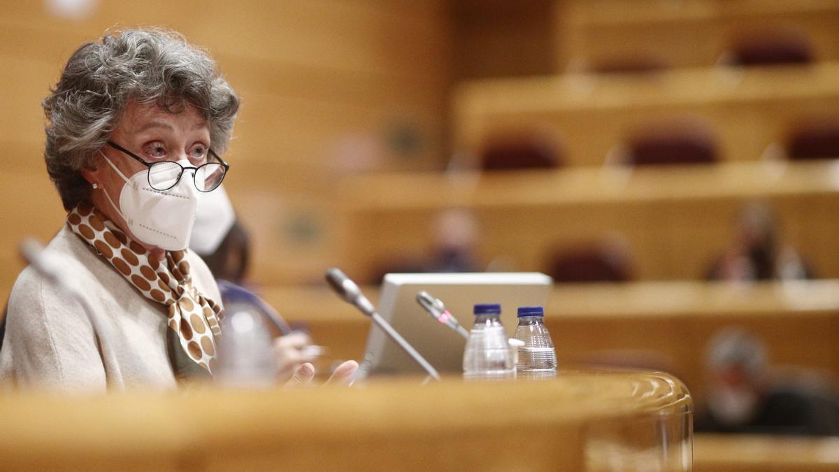 La administradora única de RTVE, Rosa María Mateo, en el Senado