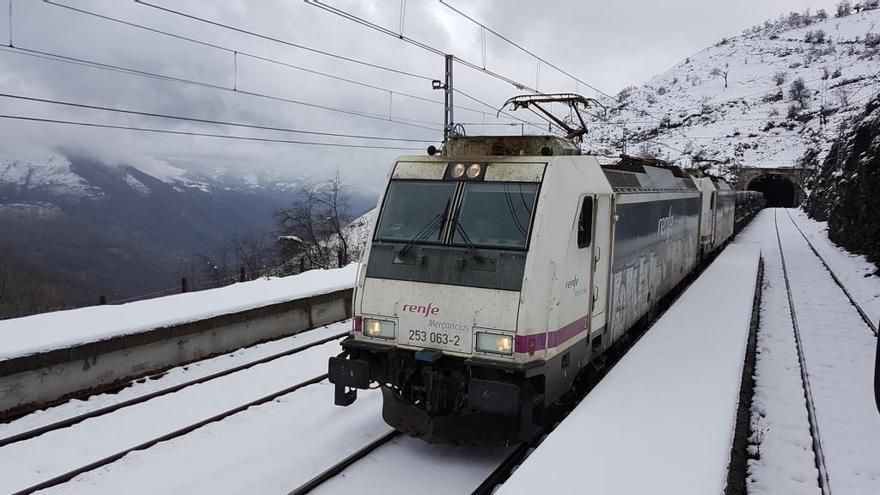 Adif reserva 49 millones para adaptar a la alta velocidad la línea que conduce a Asturias