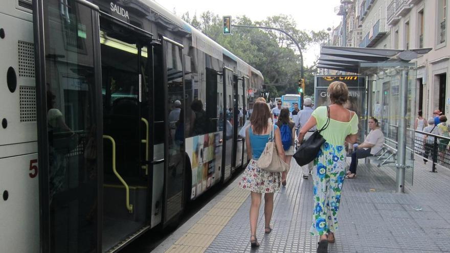 La EMT refuerza el servicio de transporte público por el Día de Todos los Santos