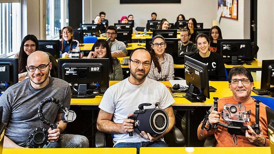 La Escola de Imaxe e Son, de lo experimental a las gafas violetas