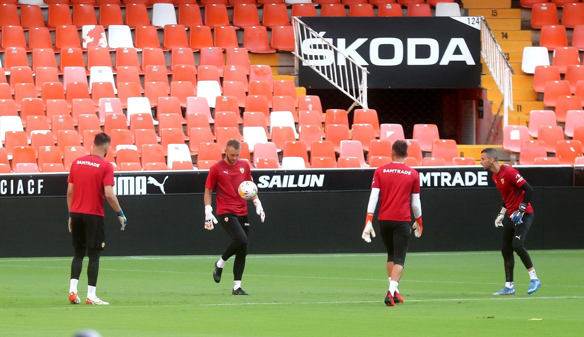 El Valencia CF prepara el partido frente al Real Madrid en Mestalla