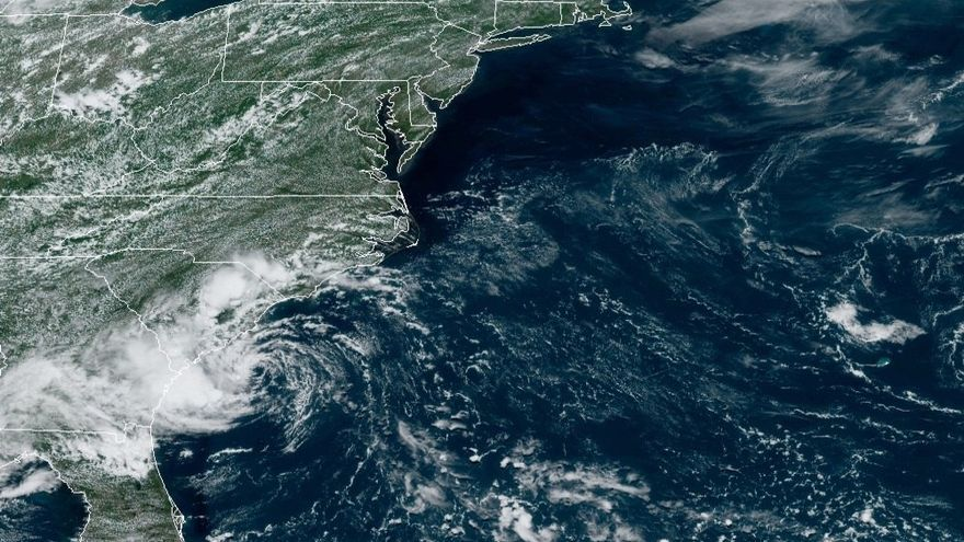 La tormenta tropical Danny llega a suelo estadounidense