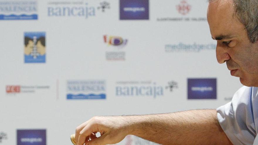 Kaspárov y Carlsen volverán a enfrentarse 16 años después