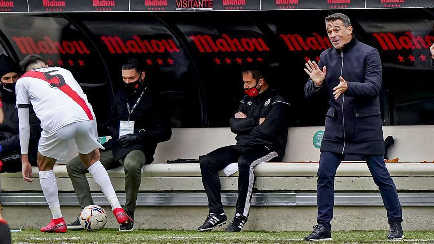 Luis García: «Fuera de casa el equipo funciona como un reloj»