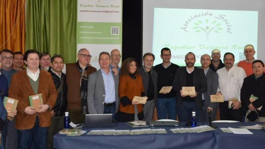 Crean una asociación para reivindicar los municipios del interior de València