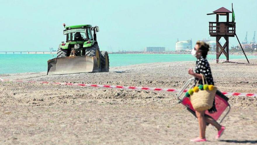 Punto final a la retirada de piedras «con fecha de caducidad» de las playas del norte de Sagunt