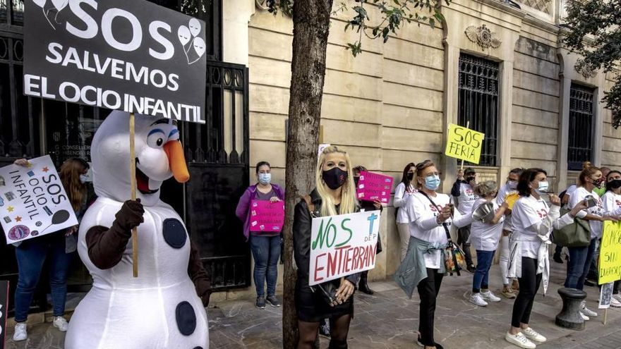 Mallorcas Schausteller protestieren vor dem Parlament