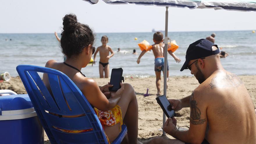 El turismo obliga a reforzar la red móvil en estos 17 municipios de Castellón