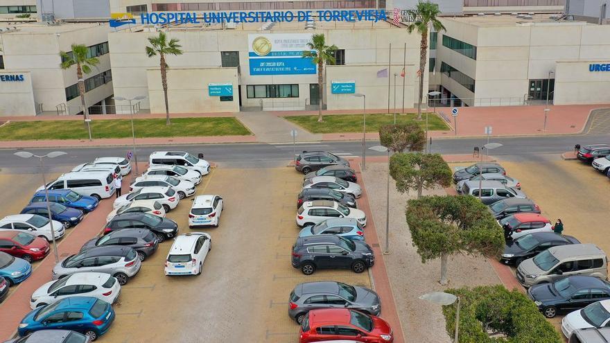 Utilizan a INFORMACIÓN en una noticia falsa sobre el parking del Hospital de Torrevieja