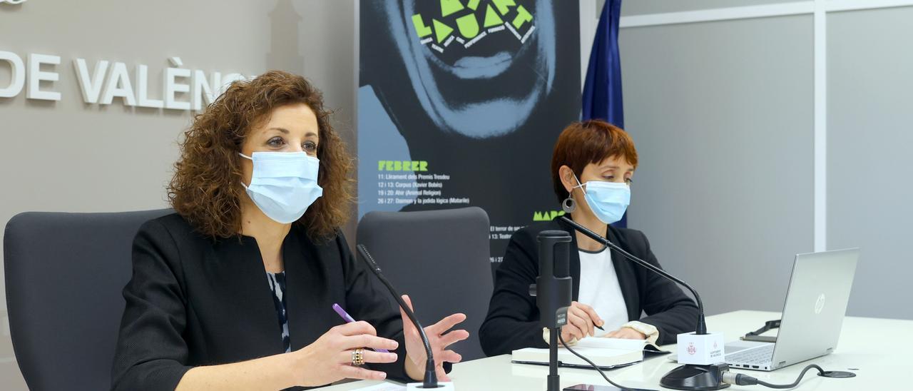 La regidora Maite Ibáñez y la coordinadora de La Mutant, Marta Banyuls.