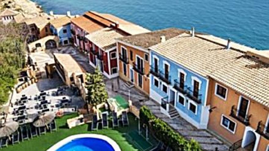 215.000 € Venta de casa en El Campello, 2 habitaciones, 2 baños...
