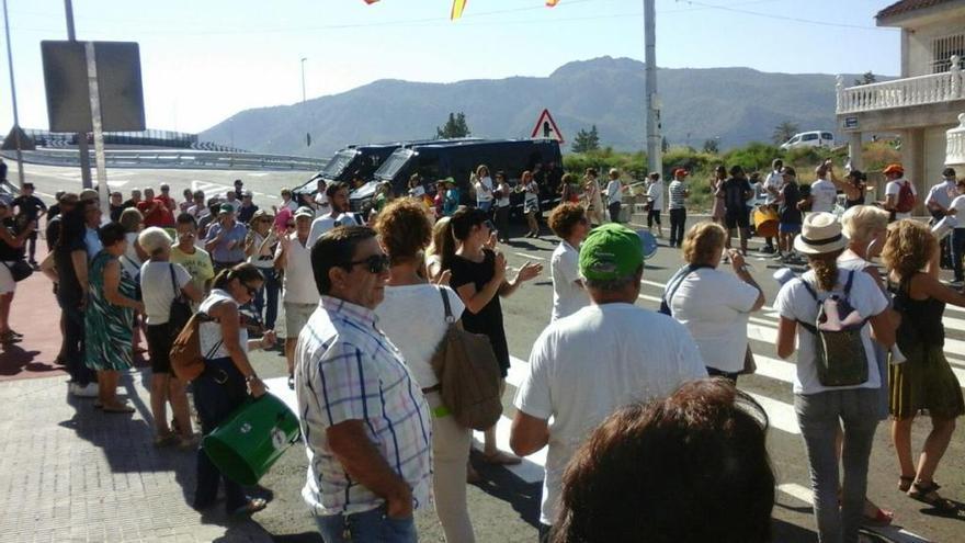 El nuevo puente de Tiñosa abre al tráfico sin inauguración oficial