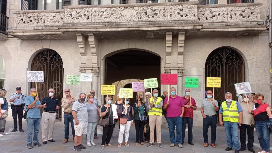 El Col·lectiu dels Pensionistes de Girona, tornen a la plaça de la Independència