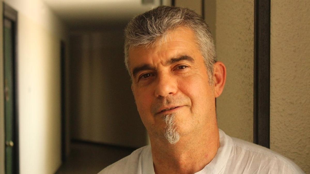 Juan Carlos Usó és l'autor d'aquesta obra sobre la incorporació de les drogues en la cultura popular valenciana.