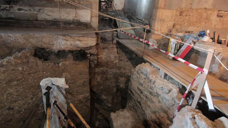 Hallan en Ceuta una muralla y una torre romana del siglo II