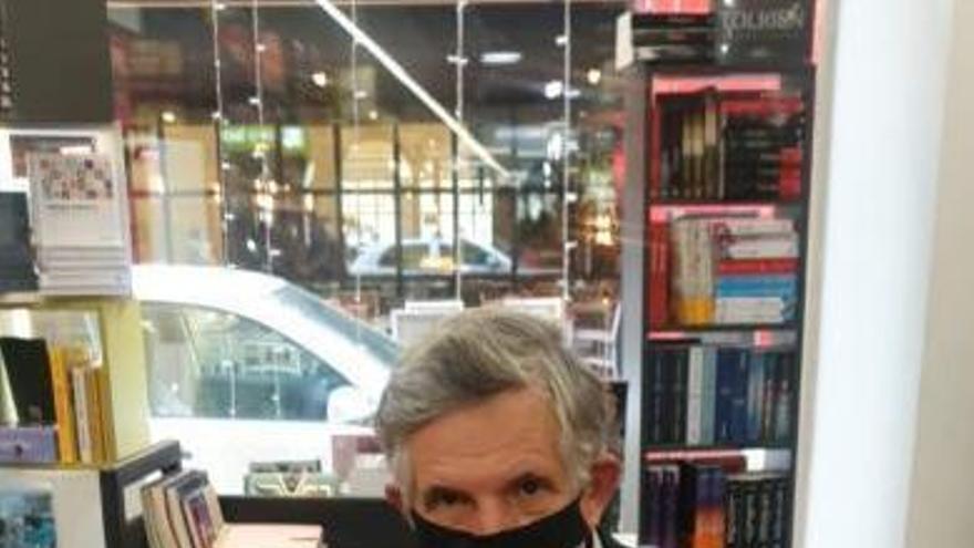Fernando Gálligo, en una imagen captada el día de la firma de libros en Luces.
