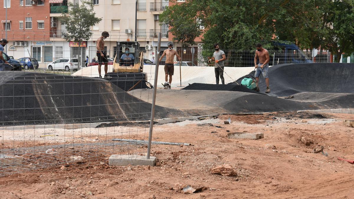 Pista de Pum Track que se esá construyendo en Puente Genil.