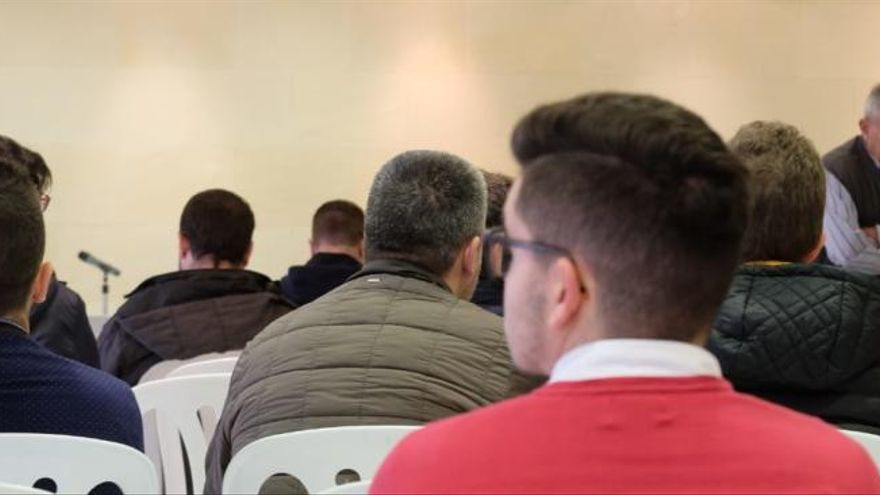 La Junta de Accionistas del Real Murcia pasa a mañana por falta de quórum
