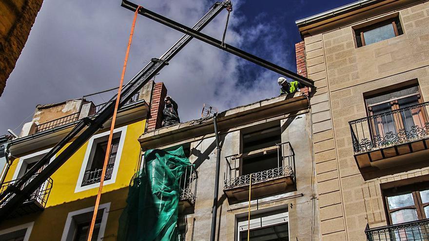 La reforma de viviendas en Alcoy sigue creciendo pese a la crisis económica y social