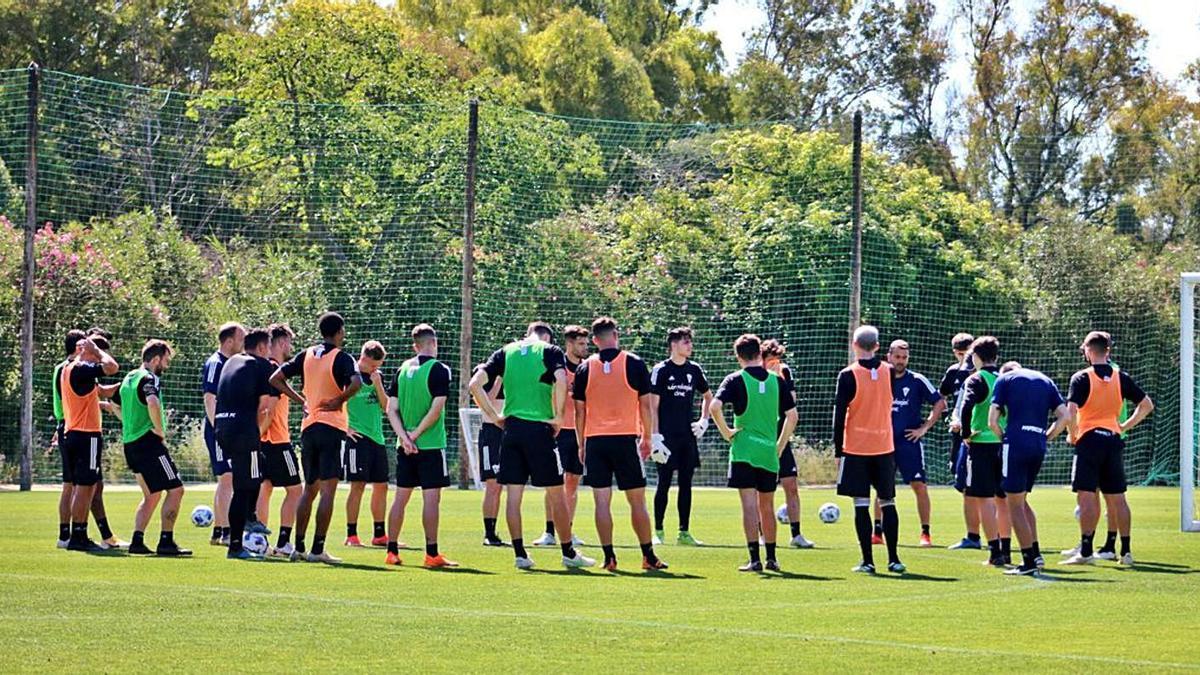 Imagen de un entrenamiento de esta semana del club marbellí.