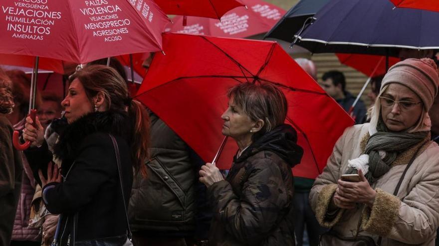 Las feministas piden a las diputadas que denuncien los abusos de sus compañeros