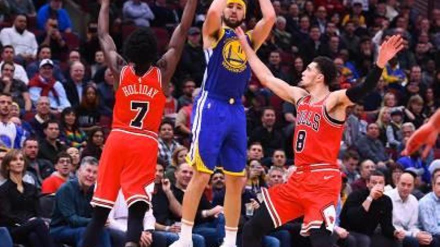 Klay Thompson, dels Warriors, fa el rècord de triples en un partit de l'NBA