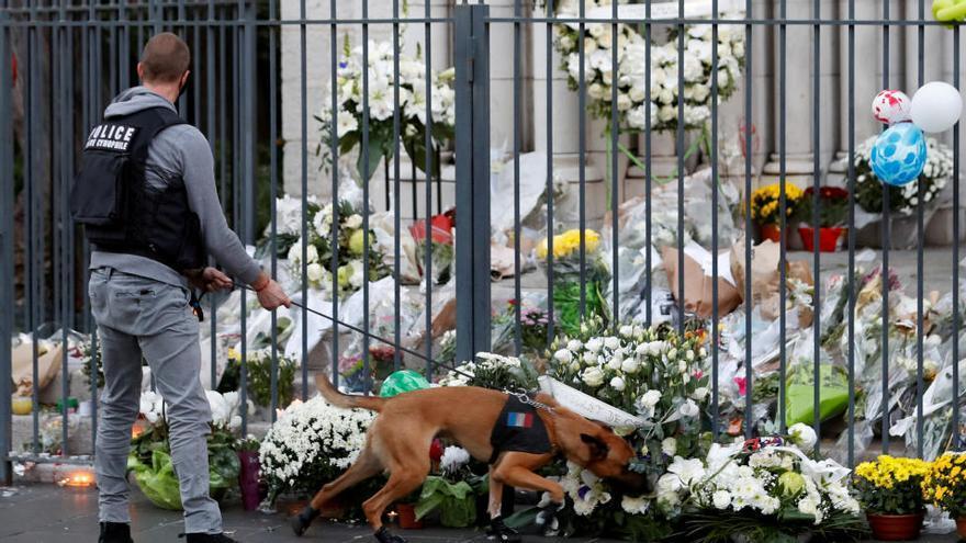 El autor del atentado de Niza tenía una foto del asesino de Samuel Paty