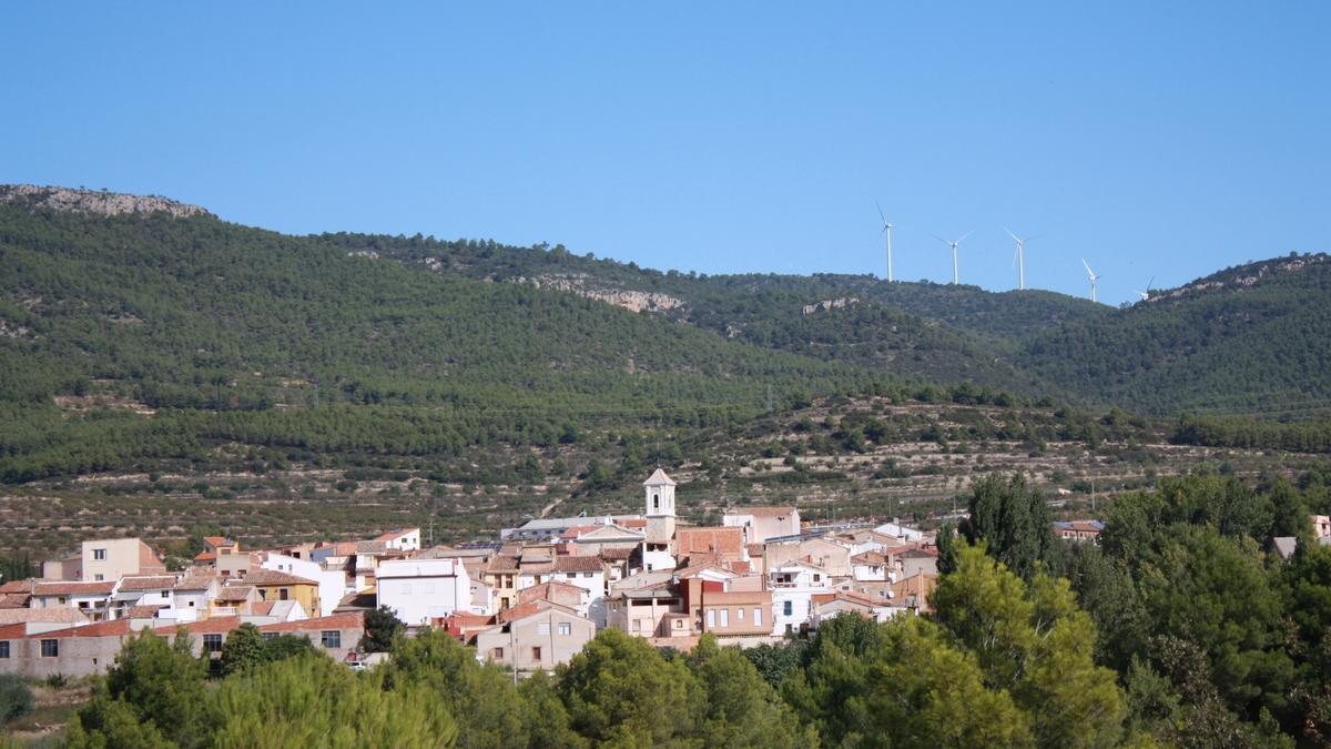 Higueruelas, entre peñas y montañas