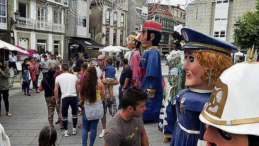 As cidades galegas festexan o Apóstolo con moita música